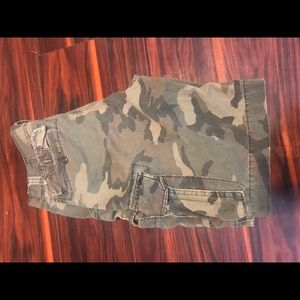 32W Old Navy Camo Cargo Shorts